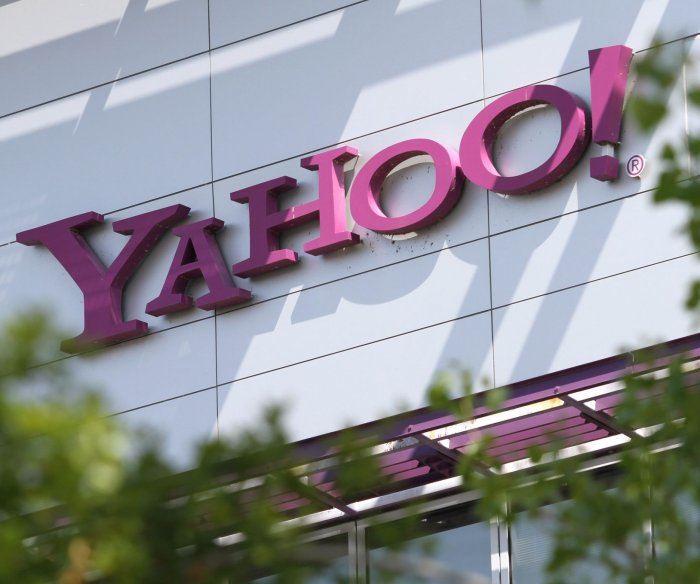 SEC probes Yahoo after massive data breaches