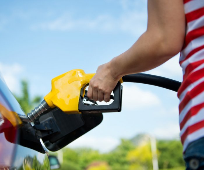 Low gas prices expected for Memorial Day weekend