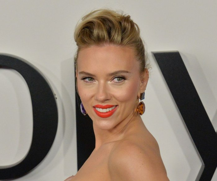 Scarlett Johansson attends premiere of 'Marriage Story' in LA