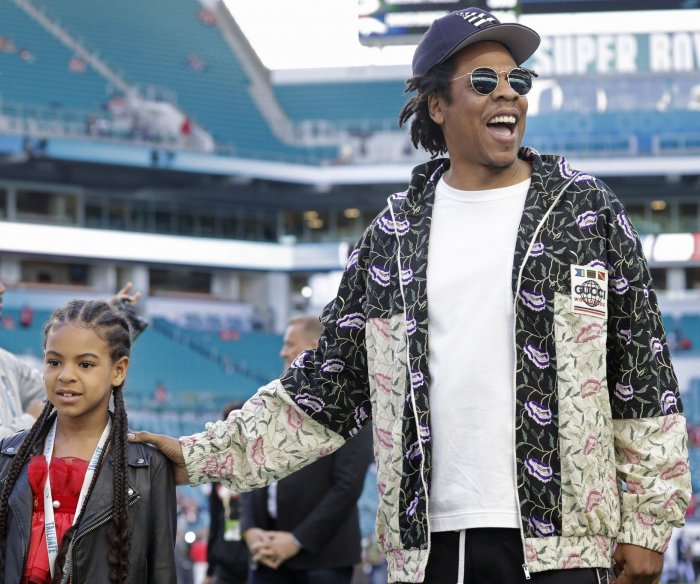 Father's Day: Celebrity dads with their children
