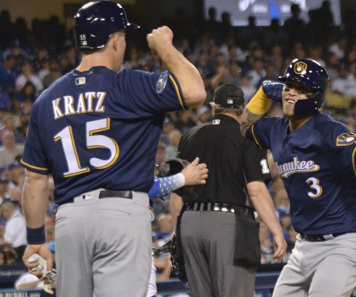 NLCS: Brewers blank Dodgers, earn 2-1 series lead