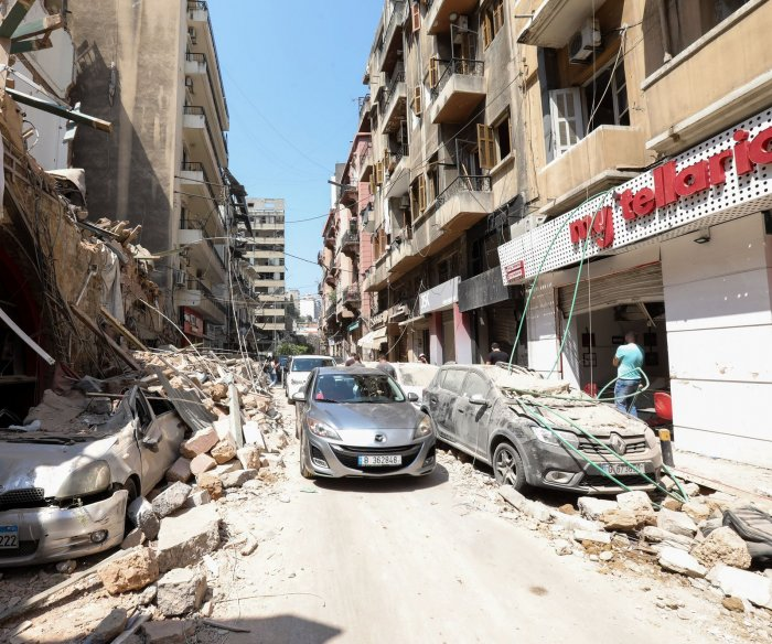 French president visits Beirut, promises 'unconditional' disaster aid