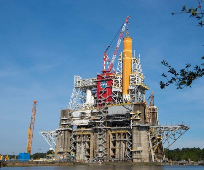 NASA completes crucial test of moon rocket's propulsion system