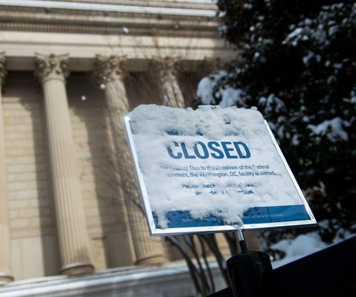 House sends Senate stopgap bill to avert government shutdown