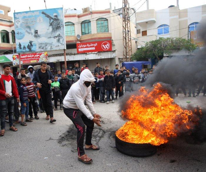 Days of rage: U.S. decision on Jerusalem sparks clashes