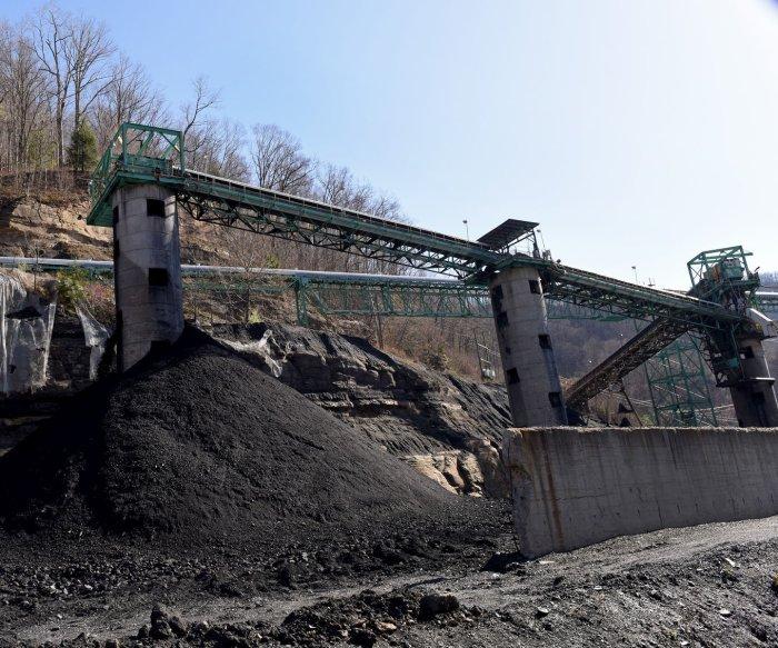 Coal demand falling, IEA says