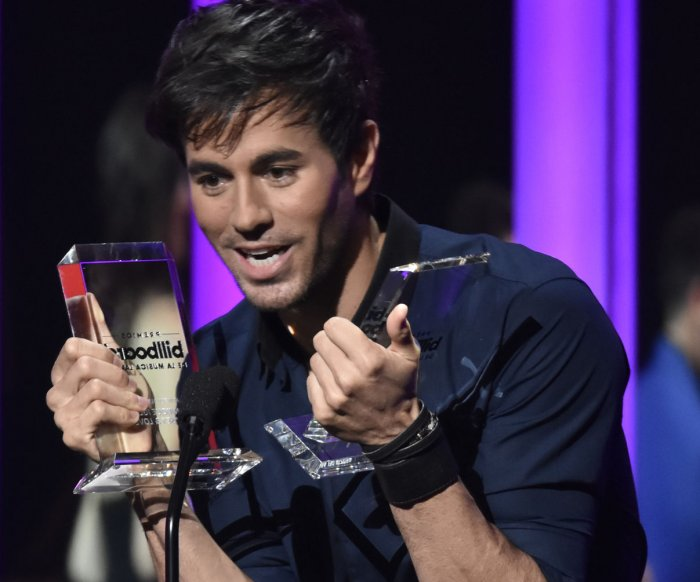 Enrique Iglesias, Luis Fonsi honored at Billboard Latin Music Awards