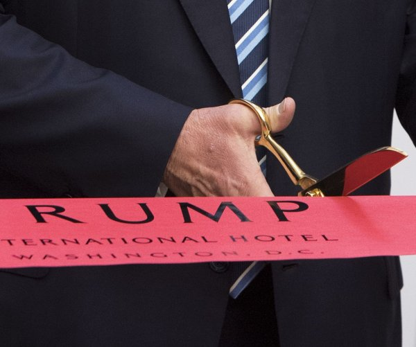 Donald Trump and family open the Trump International Hotel in DC