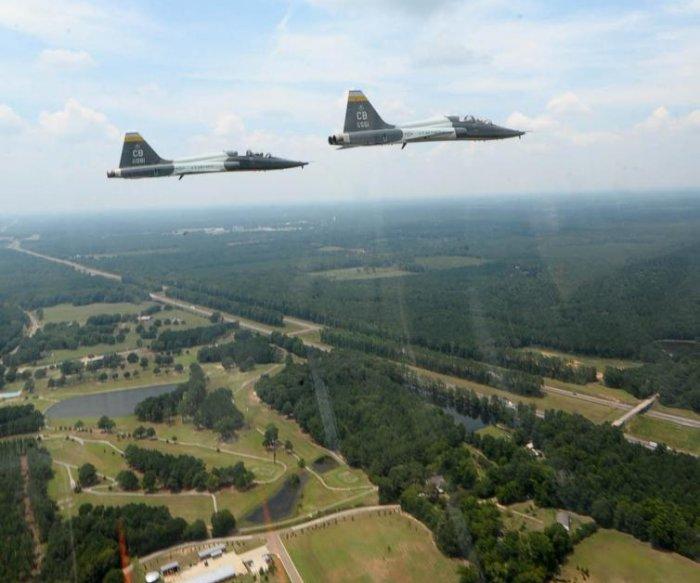 Air Force pilot dead, 1 injured in T-38 crash