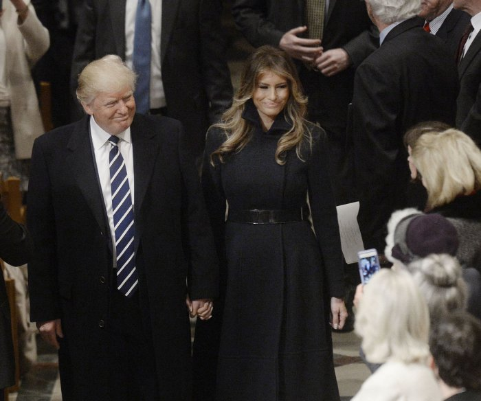 Trump attends prayer service, visits CIA on day two
