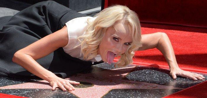 Kristin Chenoweth gets Walk of Fame star