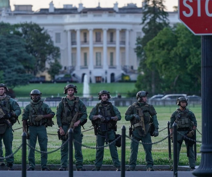 Thousands arrested across U.S.; Trump to meet with police, advisers