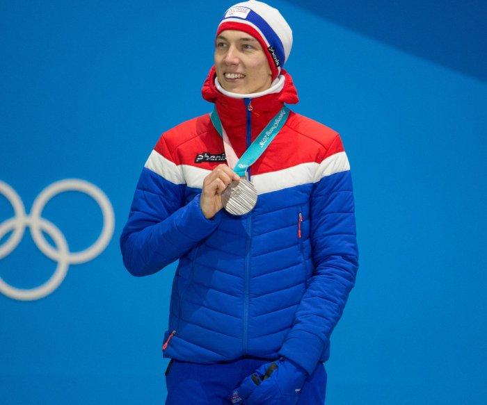 Norway lands team ski jumping gold medal