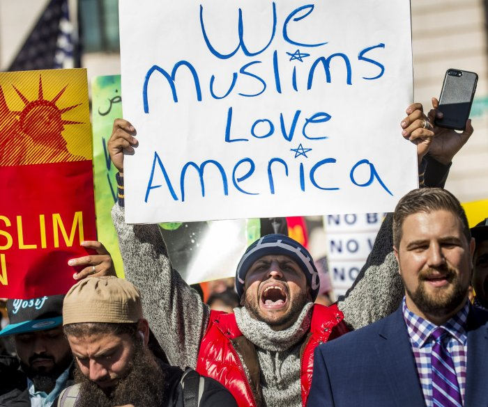 Another federal judge rejects Trump's travel ban