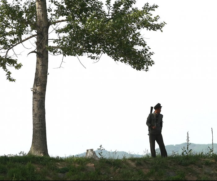 Report: North Korea executed 6 for leaking phone numbers