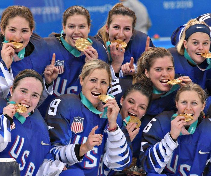 Team USA wins gold medal in women's hockey after stunning shootout