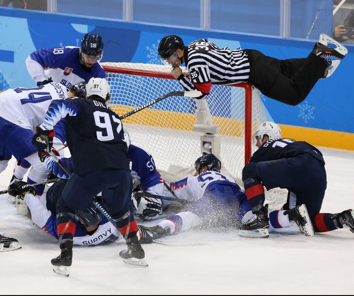 2018 Winter Olympics: Moments from hockey