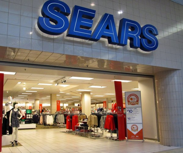 Sears files for bankruptcy, plans to close 142 more stores