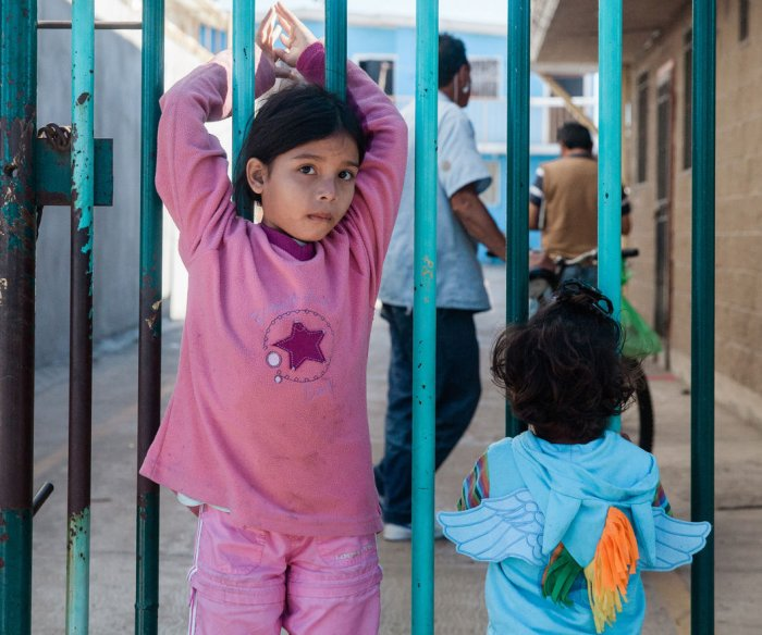 Judge gives U.S. 6 months to ID kids separated at border