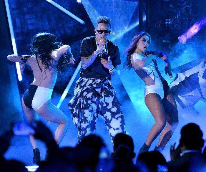 Ozuna dominates Billboard Latin Music Awards with 11 wins