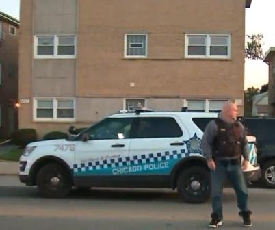 Four dead, one critically wounded in Chicago apartments shooting