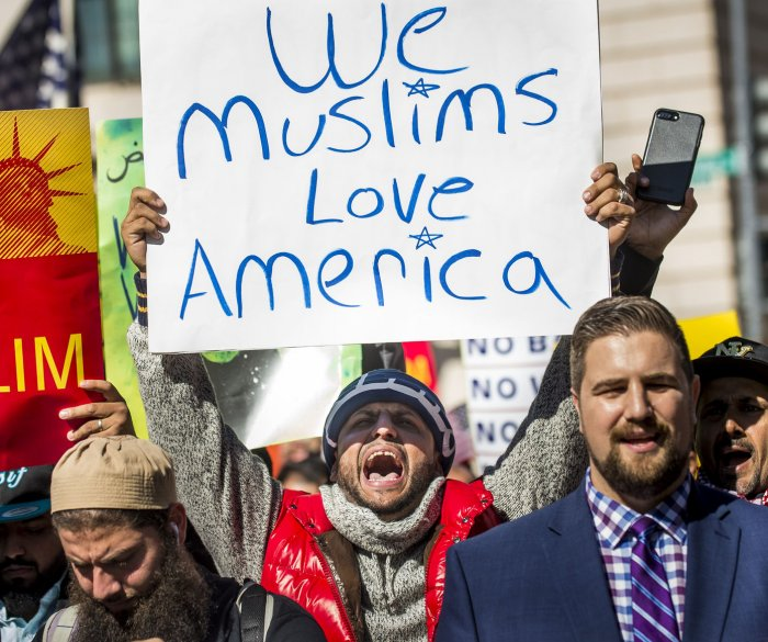 Bill targeting 'travel ban' would prohibit religious discrimination