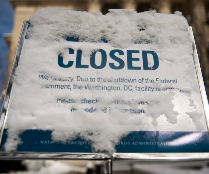 Federal shutdown inviting major cyberattack in U.S., experts say
