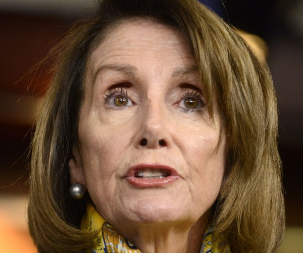 Pelosi urges members to sign resolution to end national emergency
