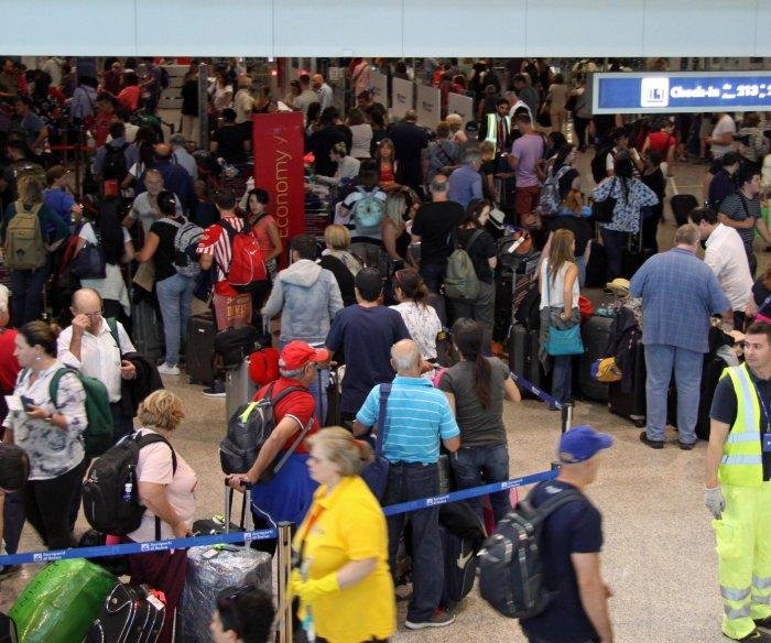 British Airways still faces disruptions after flights resume at London airports