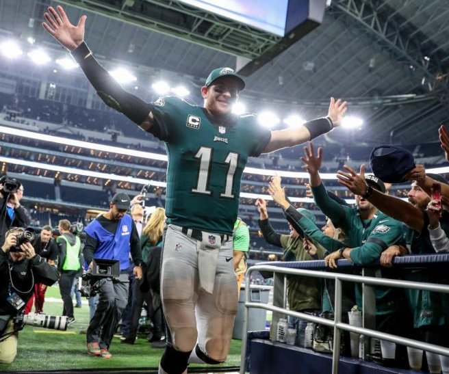 Eagles earn 8th straight win, demolish Cowboys