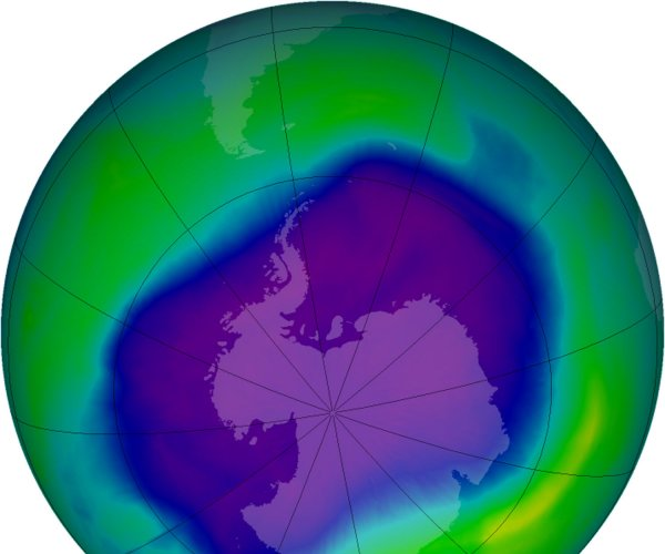 Unregulated chemicals may be stunting ozone recovery
