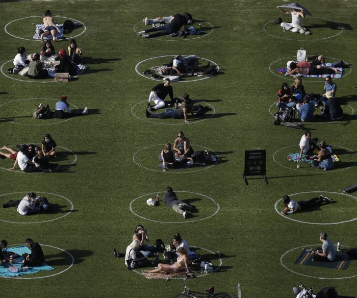 New York reports small rise in coronavirus deaths; Cuomo to allow pro sports training camps