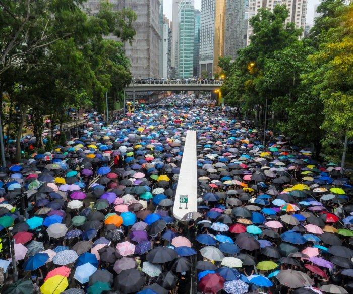 Hong Kong protests show no sign of slowing