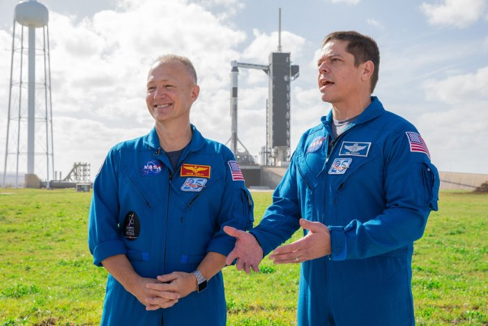 Astronauts poised to return to space from U.S. soil