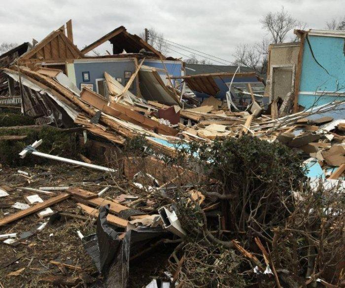 EF-2 Tornado damages homes, businesses in Alabama town