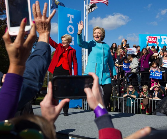 Sen. Elizabeth Warren campaigns with Hillary Clinton in New Hampshire