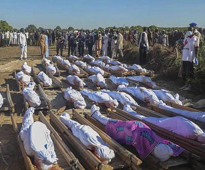 100 Nigerian farmers killed in suspected terrorist attack