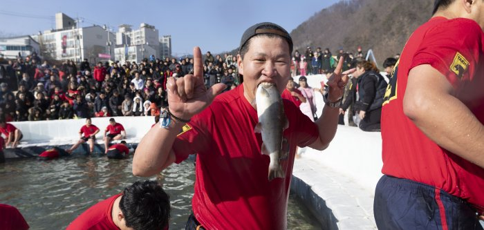 Moments from South Korea's largest winter festival