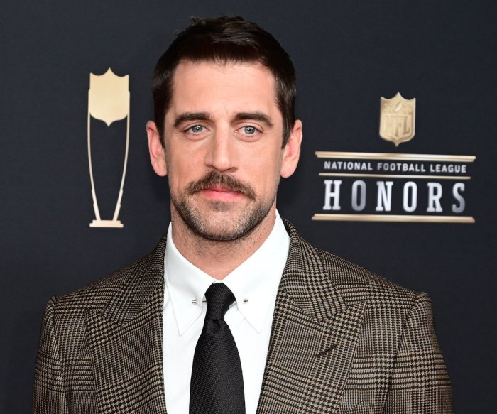 Packers' Aaron Rodgers donates $1M to COVID-19-impacted small businesses