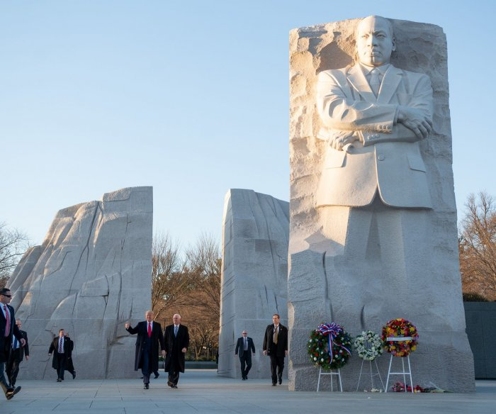Trump, Pence honor Martin Luther King Jr. Day with memorial visit