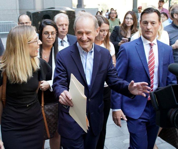 Prosecutors say passport, valuables show Jeffrey Epstein a flight risk