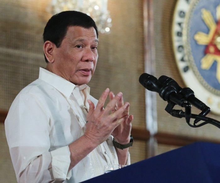 Philippine's Duterte opens ASEAN Summit with anti-drug message