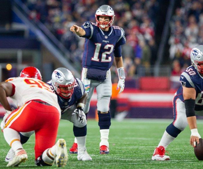 Patriots score last to win shootout over Chiefs, 43-40