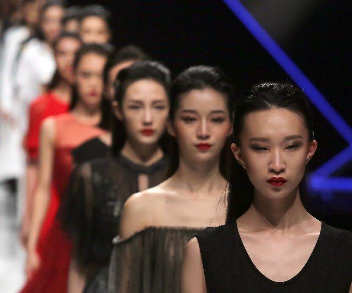 Tom Dong show at China Fashion Week