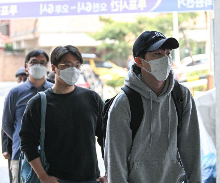 Economic woes push South Korea's millennials to rethink politics