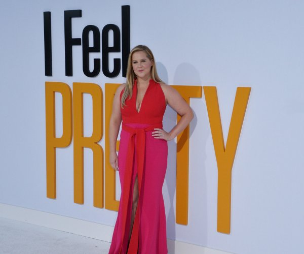 Amy Schumer, Michelle Williams attend 'I Feel Pretty' premiere