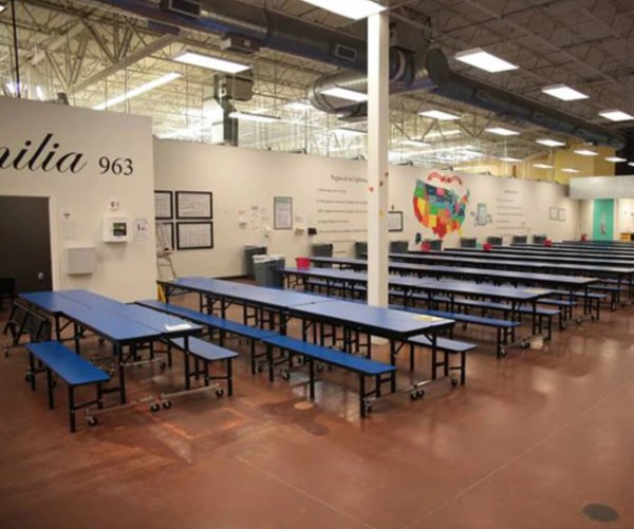 U.S. to reunite migrant children, parents at Texas detention center