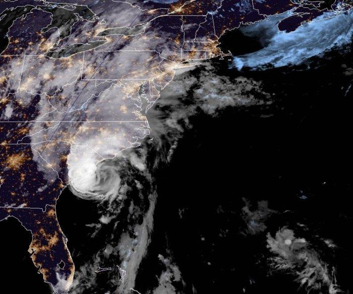 Hurricane Isaias regains strength as it approaches Carolinas