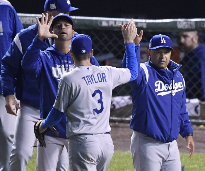 NLCS: Dodgers on brink of World Series after 6-1 win