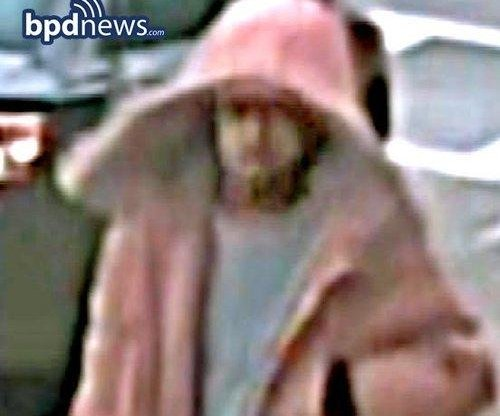 Boston Police seek suspected bomber, suspect image released